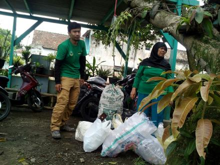 Album : Bank SAMPAH & Ecovilage